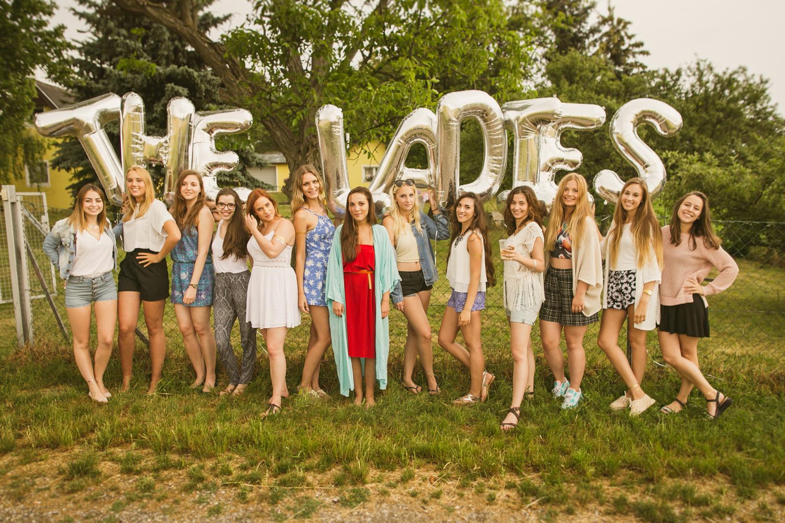 the ladies. 1 Jahres Feier | Tassels fürs Picknick