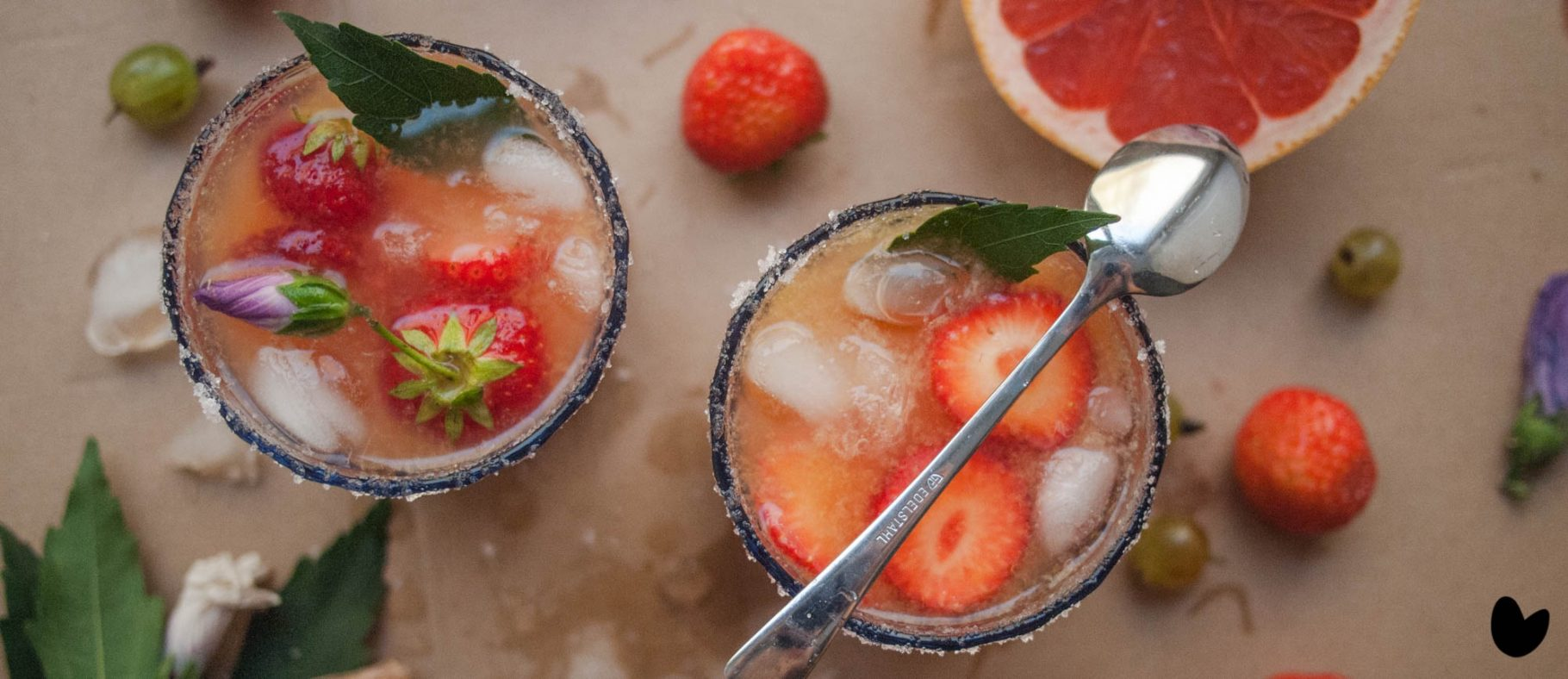 Cheers to the Weekend!<br>Drinks: Sommer-Paloma