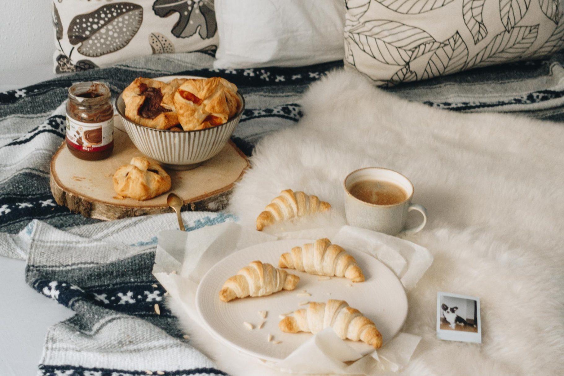 Vegane Croissants (Frühstückskipferl) <br> Schnell und lecker!